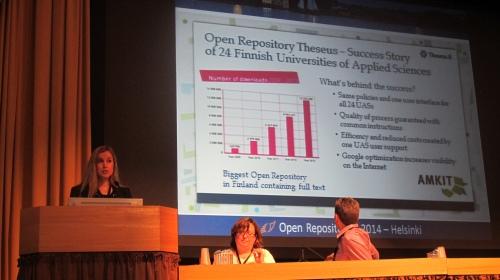Minna Marjamaa esittelemässä Theseusta Open Repositories konferenssissa Kuva: Open Repositories 2014, Helsinki, Finland - photograph by Jyrki Ilva